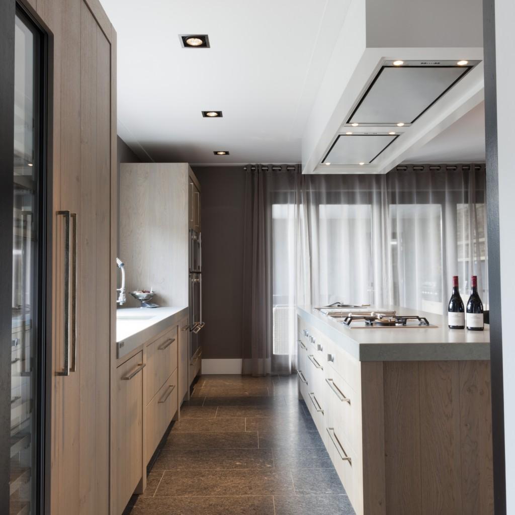 Afmeting Schiereiland Keuken : keuken wordt op maat gemaakt en aangepast qua opstelling en afmeting